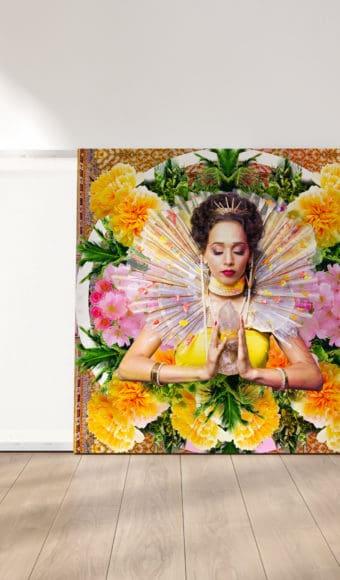 reproduction cadre effet toile tableau artiste déco photo portrait femme fleurs déesse au cristal
